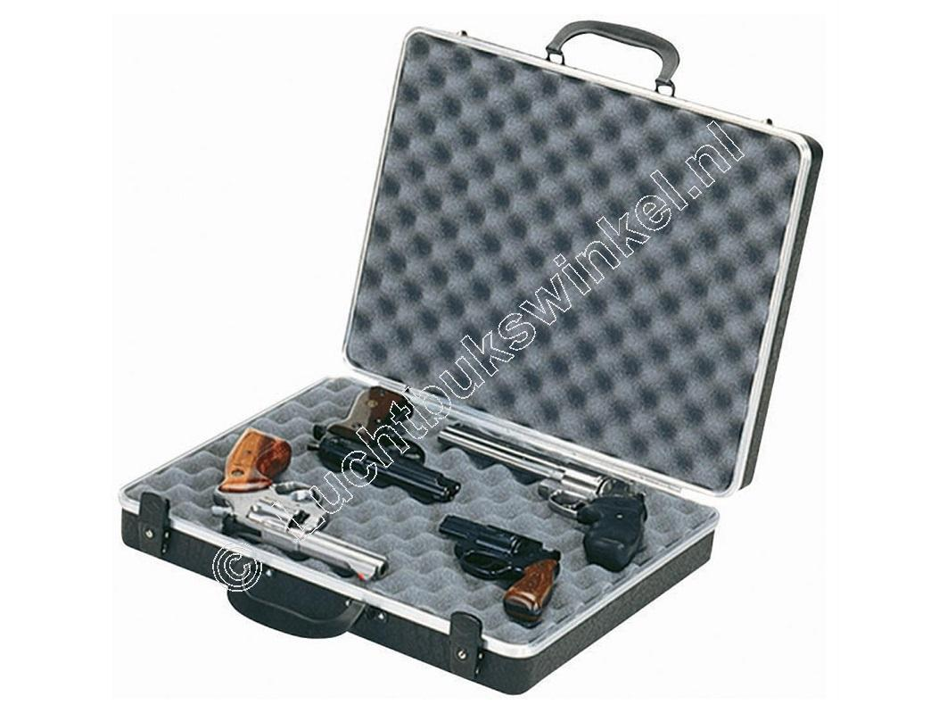 Plano GUNGUARD DELUXE Four Pistol Case